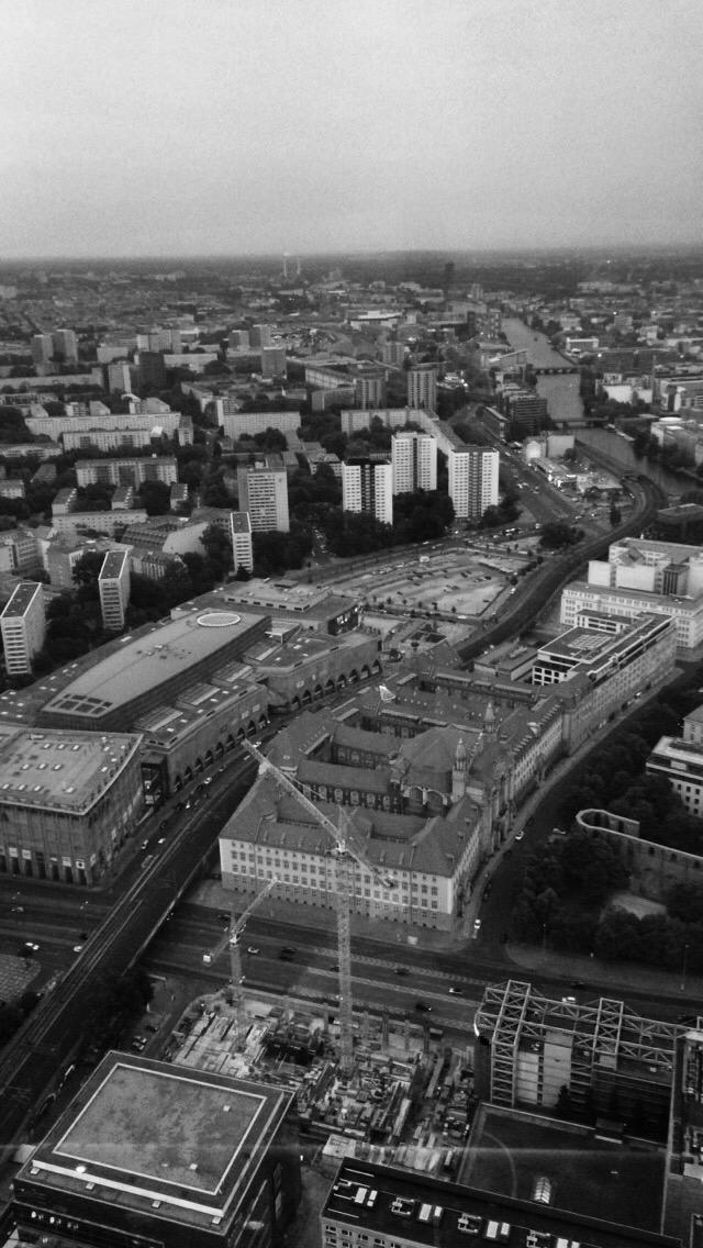 Tanze, Tanze Berlin: Let my selfgo!